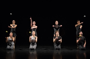 "Gandini Juggling ""4x4 Ephemeral Architectures"" Photo: Arnaud Stephenson"